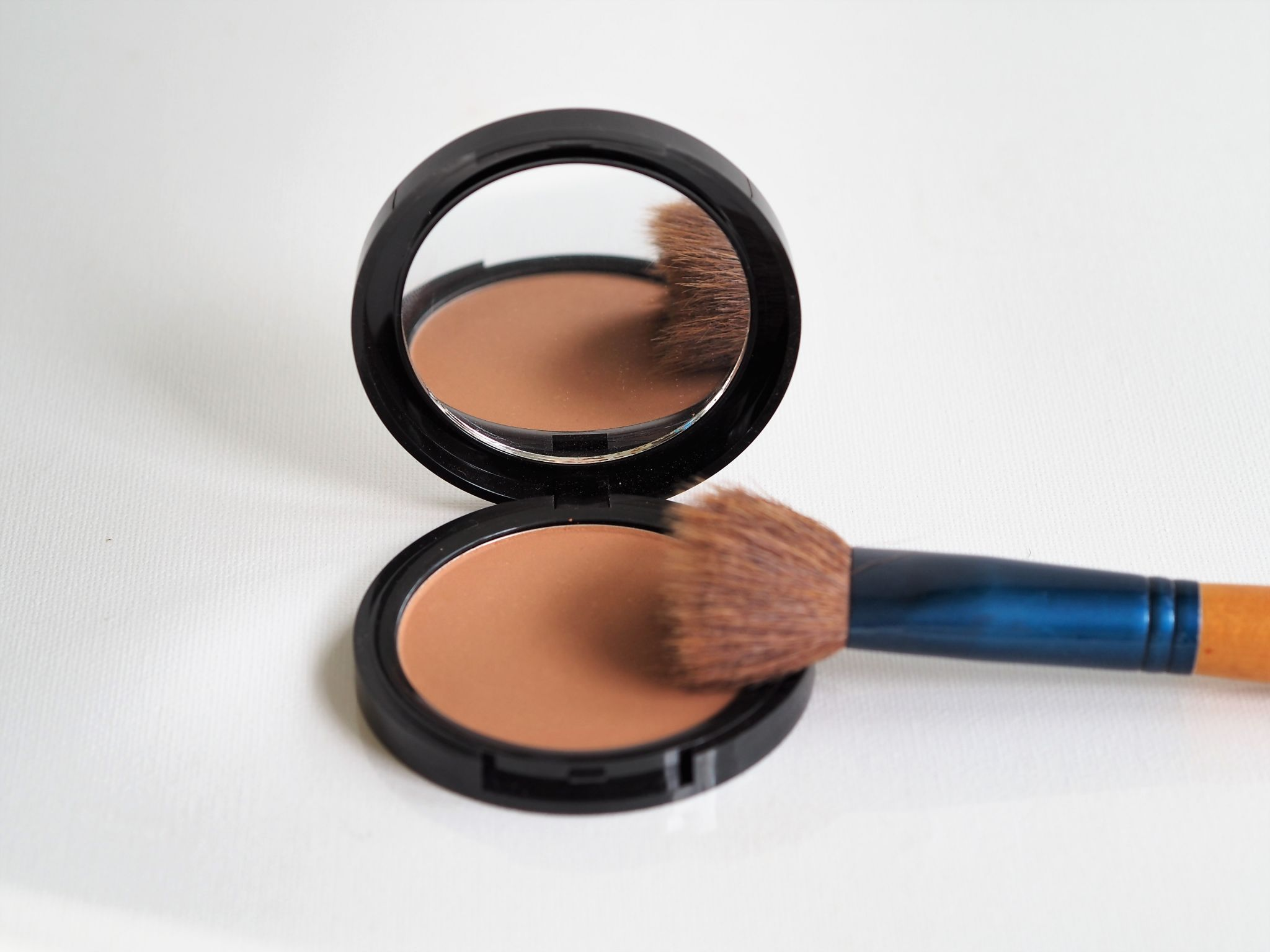 fabulous forever bronzer review
