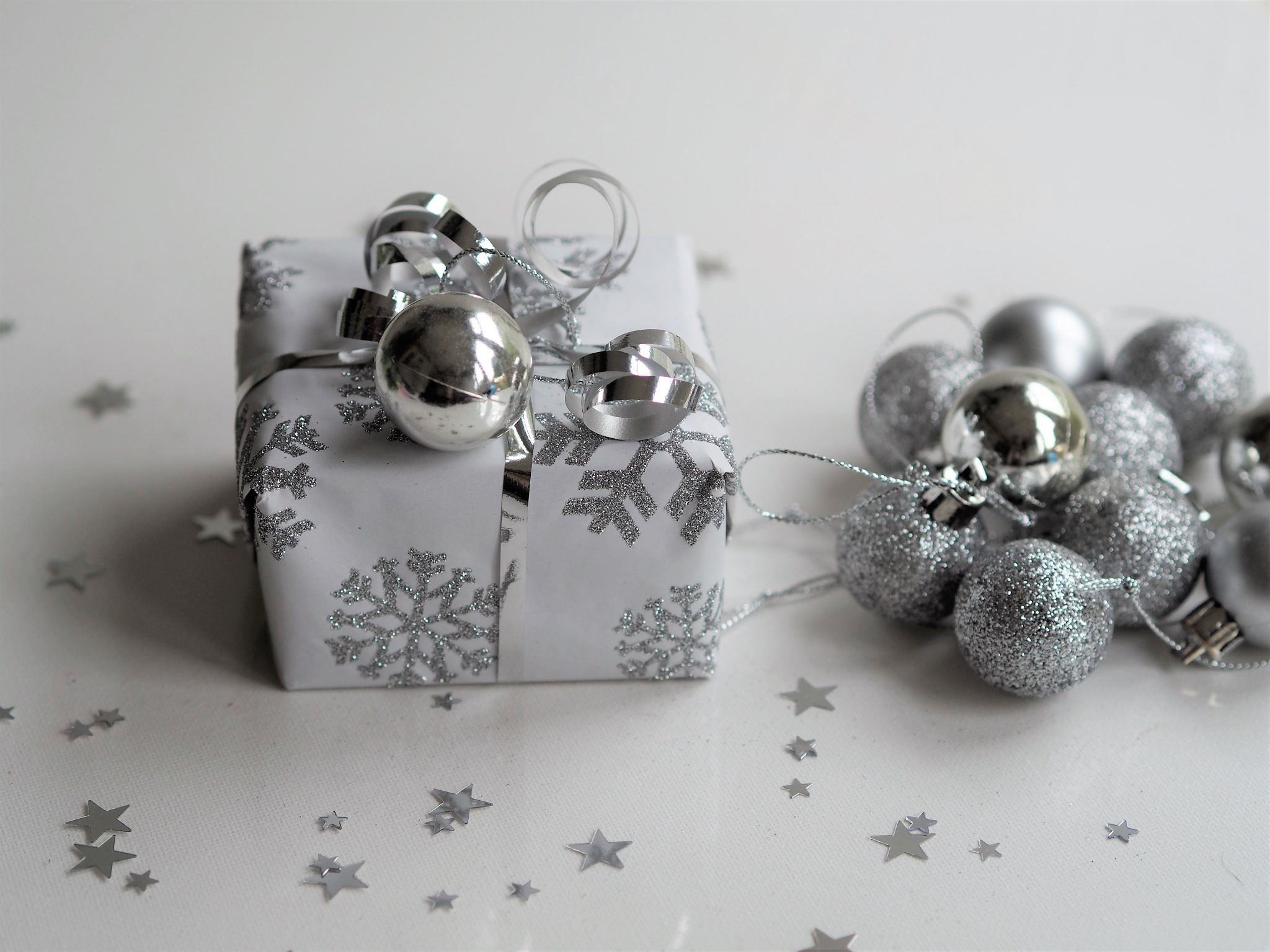 personalised gifts online