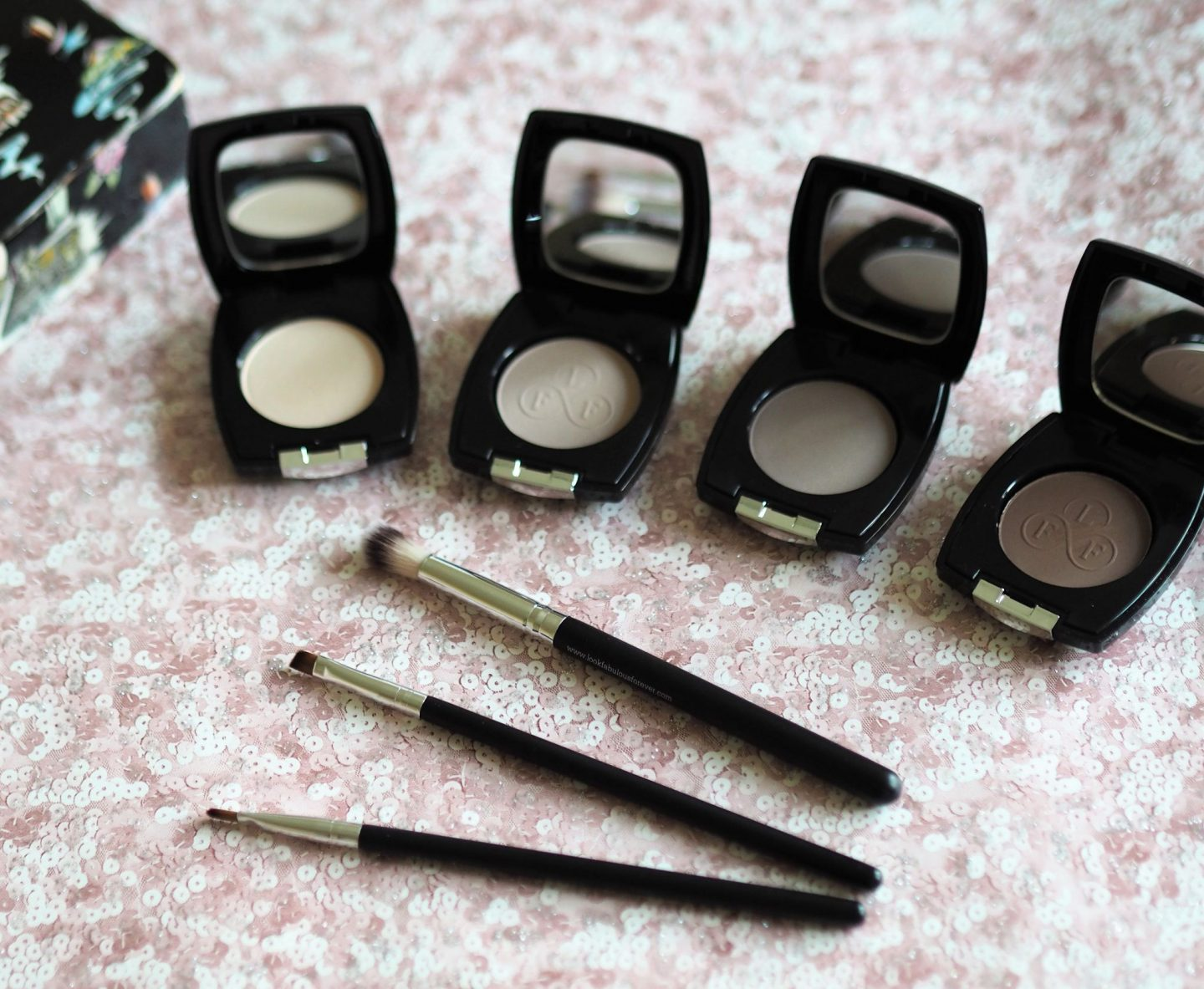 eye makeup with look fabulous forever