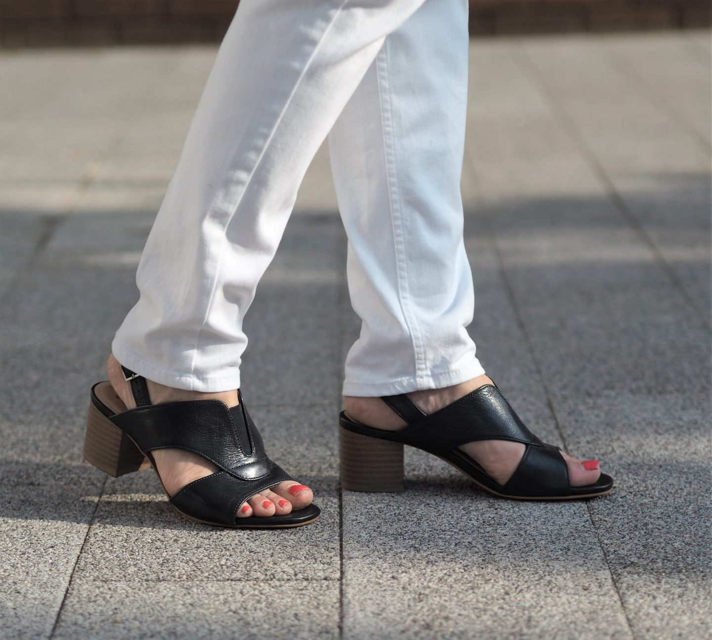 two casual summer looks featured with this footwear brand Van-Dal shoes. I'm still wearing last years too and they are still available. Recommended!
